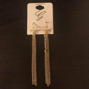 Jewelry - 4/$20 Gold chain earrings